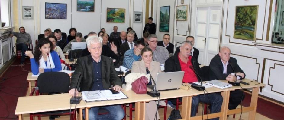 """43. sjednica OV: Usvojen Nacrt budžeta za 2016., odluka koja će rezultirati novim investicijama u zoni """"Pilana"""" i odluka o tretiranju životinja"""