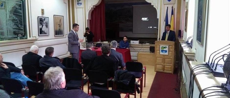 Ambasador BiH u Rumuniji Mile Vasić u Bosanskoj Krupi se sastao s privrednicima USK
