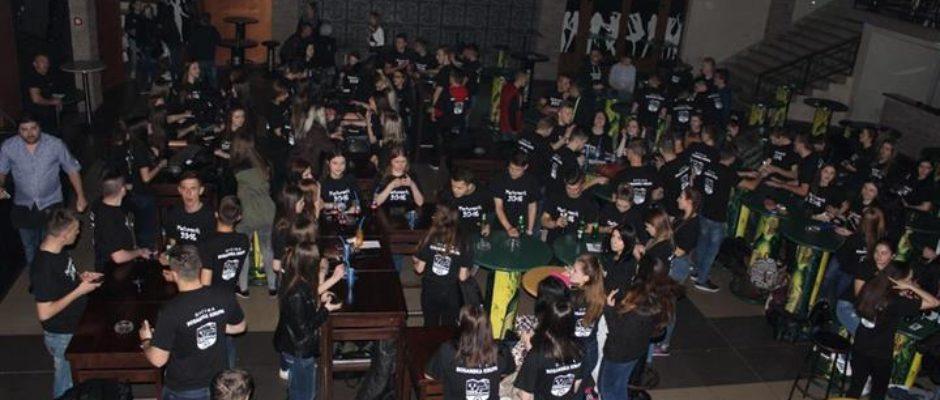Maturijada 2016: Druženjem uz muziku i ples bosanskokrupski maturanti proslavili kraj srednjoškolskog obrazovanja