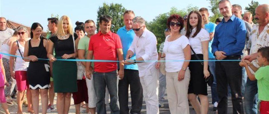 Presjecanjem vrpce svečano otvoren još jedan put u Velikom Badiću