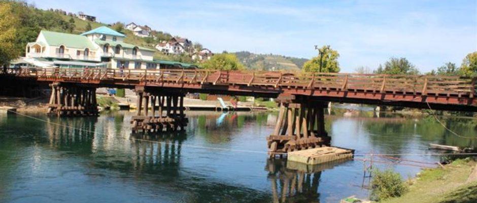 Drveni most u Bosanskoj Krupi od danas prohodan